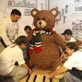 Ομάδα καθηγητών και σπουδαστών δημιούργησε τα γλυπτά απο σοκολάτα για το Μουσείο και Εργοστάσιο Σοκολάτας